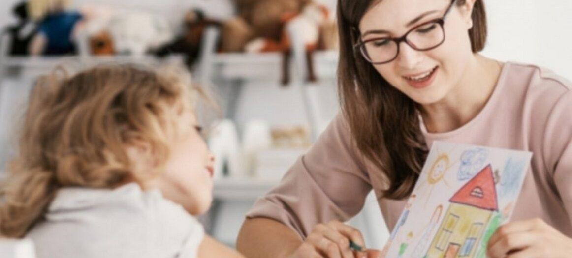 Pomoc psychologiczna w formie zabaw dla dzieci